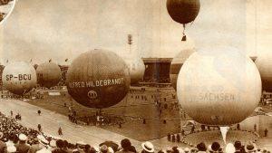 Napełnianie balonów na stadionie w Liége
